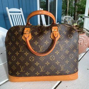 EUC Louis Vuitton ALMA Monogram Bag With Dustbag